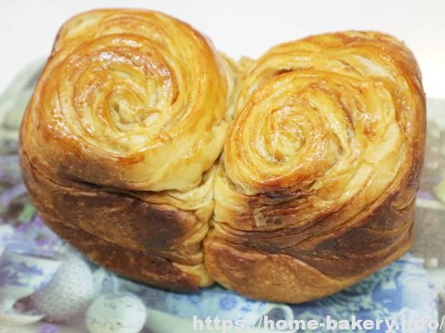 メープルシートで折込みパン(2)1斤、2回目は発酵時間を長めに・渦巻きも調整した改良版