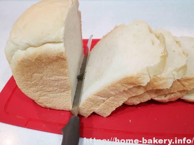 HBの「やわらか食パン」と「基本の食パン」はどう違う?比較してみよう!